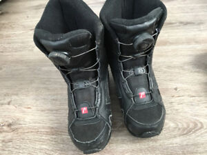 Head Snow Boarding Boots - size 4/5