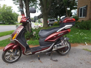 Alfatec mR-EV Electric Scooter - Runs Perfect- With Charger
