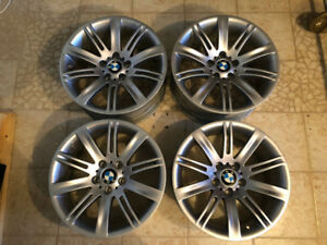 BMW OEM Roues en Alliage (2) 9jx18 and (2) 8jx18 5x120