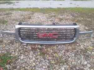 2004 gmc 1500 front grill