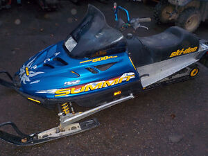 SKIDOO SUMMIT 500 L/C 1999 SNOWMOBILE FOR SALE Prince George British Columbia image 1