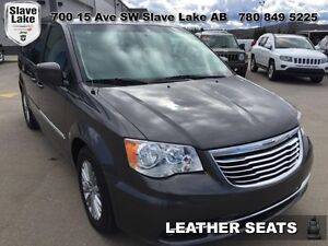 2016 Chrysler Town & Country Touring-LEATHER,LOADED!!