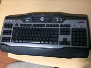 Clavier de 'gamer' pour ordinateur. Marque Logitech G11
