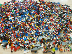 Lego - 22 livres / 22 pounds