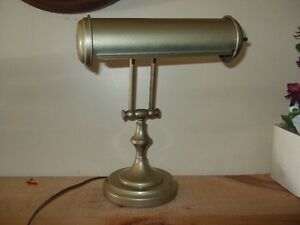 Antique/vintage bankers lamp and oak lamps London Ontario image 4