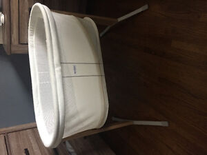 Never used baby bjorn bassinet