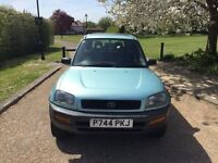 TOYOTA RAV 2.0 TOP OF THE RANGE 1 YEARS MOT EXPENSIVE ALLOYS DRIVES PERFECT 1 LADY OWNER FROM NEW