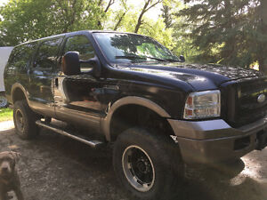 2005 Ford Excursion Leather SUV, Crossover
