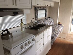 26 foot camper. New price!! Needs sold!! St. John's Newfoundland image 6