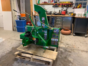 "John Deere 48"" Snow Blower, Cat1 PTO driven"