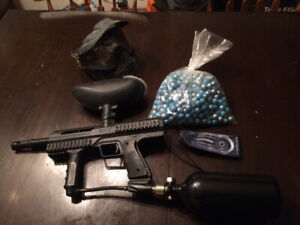 smart parts paintball gun with all needed gear