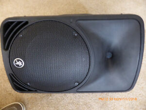 "Mackie C200 10"" PA stage monitor / speaker  (non powered)"
