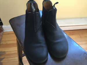 Blundstone Boots Youth Size 2