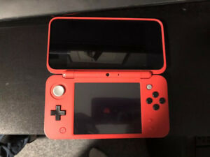 'New 2DS XL - Pokeball Edition' In excellent condition.
