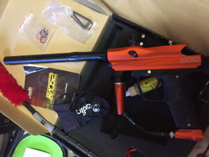 Paintball gun/Gear used once!