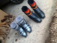 Ladies and men's ski boots