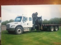 2004 Freightliner with HIAB Picker