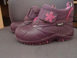 chaussure de printemps, automne fille taile 1