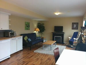 Fully Furnished 1 Bdrm Suite ~ Batchelor Heights