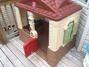 Playhouse from toys r us