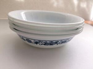 Corelle Old Town Blue Onion fruit/dessert bowls