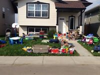 Huge yard sale this weekend sat-sun