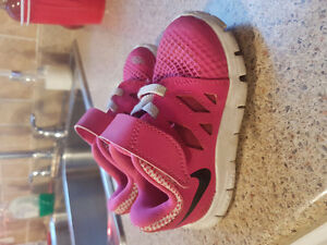 Girls shoes excellent condition