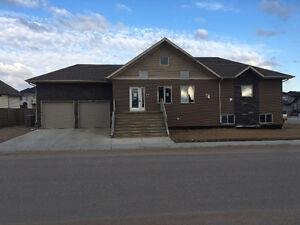 Lloyd west side near schools and shopping. $ 379,990.00