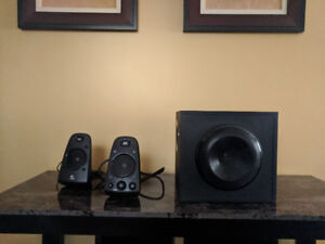 LOGITECH SPEAKERS WITH SUBWOOFER (THX CERTIFIED)