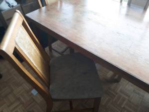 Dining room table 50$