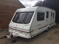 2000 SWIFT VENTURA 5 BERTH SINGLE AXLE TOURING CARAVAN WITH AWNING AND EXTRAS