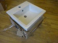 Square sink in white