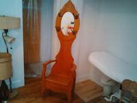 Chaise d'entrée antique
