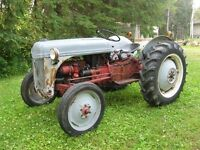 1950 FORD TRACTOR - MODEL 8N