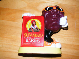 Vintage Sun-Maid California Raisin Bank - 1987