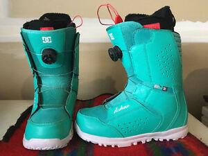 Women's DC Snowboarding Boots