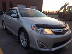 2014 Toyota Camry XLE, NAVY, LEATHER, SUNROOF Sedan