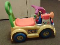 FISHER PRICE - LITTLE PEOPLE- MUSIC PARADE