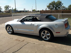 2006 Ford Mustang G  T Convertible