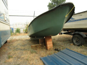 Fibreglass Dingy AND Outboard motor $595 Available again!!