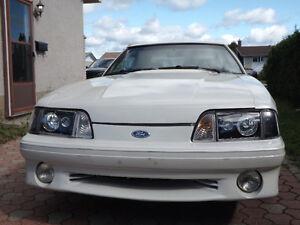 1990 Ford Mustang Hatchback