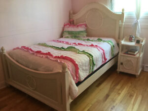 Bedroom set, 4 pieces - double bed dresser, nightable and mirror