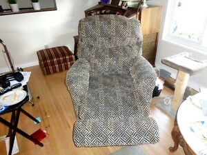 recliner / swivel chairs