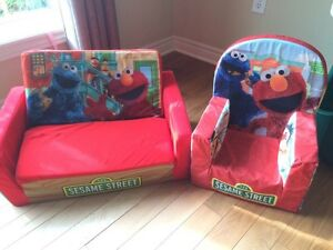 SESAME STREET COUCH/CHAIR