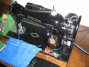 Singer 15-91 Sewing Machine, with Extras