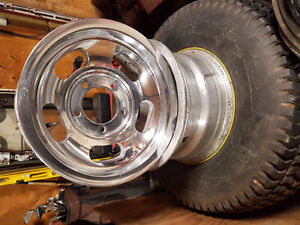 """15""""x7""""slotted mag wheels off JEEP"""