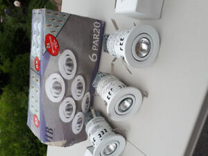 Pot light pack of 6 with bulbs