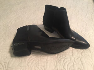 Boots Size 10 (Black)