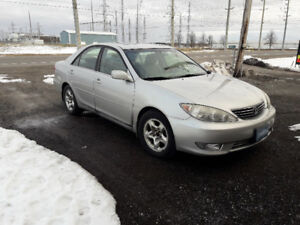 Toyota Camry XLE V6 2005 on sale