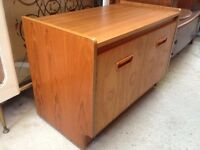Vintage retro teak wooden mid century TV record cabinet sideboard 60s 70s